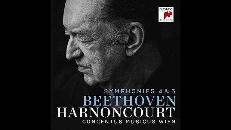 Nikolaus Harnoncourt dirigerar Beethoven i sin sista inspelning