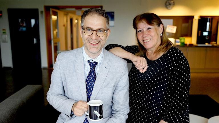 Johan Korssell (programledare)och Birgitta Forsberg (producent)