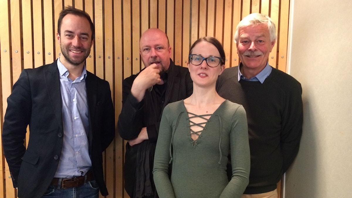 Panelen fr.v: Edward Klingspor, programledaren, Johanna Paulsson och Niklas Lindblad