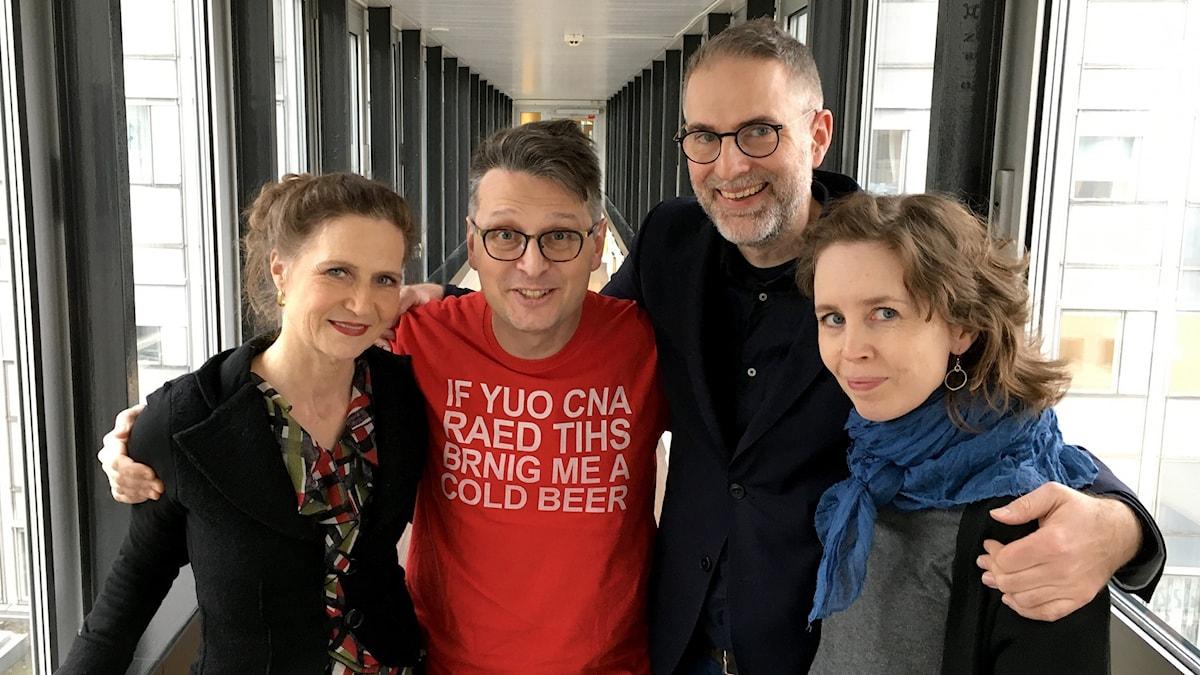 I panelen denna vecka: P2:s Boel Adler, bokhandlarbiträdet och klezmermusikern Alexander Freudenthal och musikjournalisten Anna Nyhlin. Programledare är Johan Korssell, inga överraskningar där.