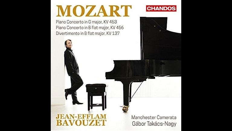 Bavouzet spelar Mozart-konserter