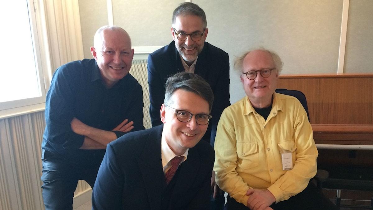 Panelen fr.v: Måns Tengnér, Alexander Freudenthal, programledaren samt Bengt Forsberg