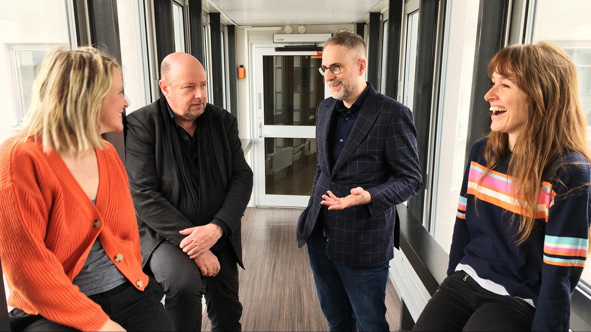 På bilden: Panelen bestående av Magnus Lindman, Aurélie Ferrière och Edith Söderström.