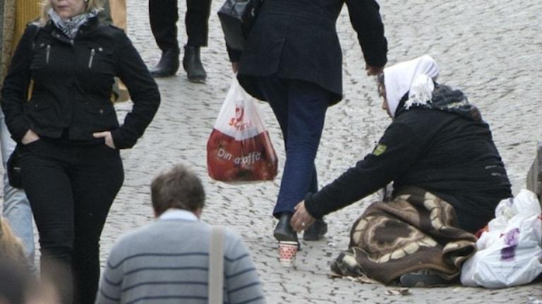 مقررات رفت و آمد آزاد در اتحادیه اروپا درمورد گدایان رعایت نمی شود Foto: Fredrik Sandberg/TT