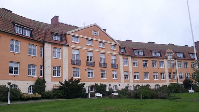 بیمارستان اسپنس هولت در هالمستاد که به اقامتگاه پناهجویان تبدیل خواهدشد  Foto. Marie Sjöberg/ Sveriges Radio