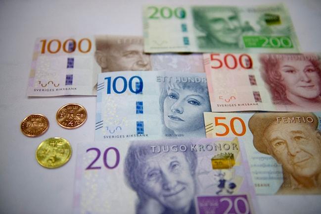 اسکناس ها و سکه های جدید  Foto: Jessica Gow/TT