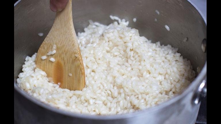 در برخی از انواع برنج ها و مواد تولیدشده از برنج، ماده خطرناک ارسنیک وجوددارد. Foto: TT