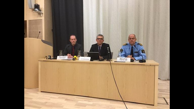 کنفرانس مطبوعاتی رئیس پلیس امنیت