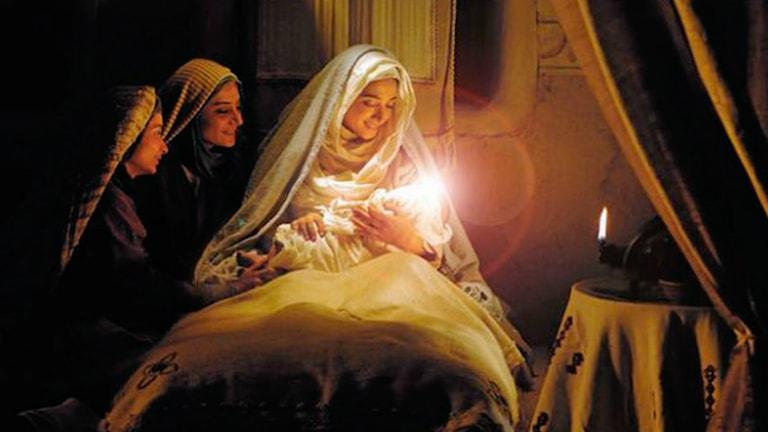 صحنهای از فیلم «محمد، رسول خدا» که نمایش آن در جشنواره یوتبوری با اعتراض شماری از هنرمندان و فعالان فرهنگی ایرانی روبروشدهاست.