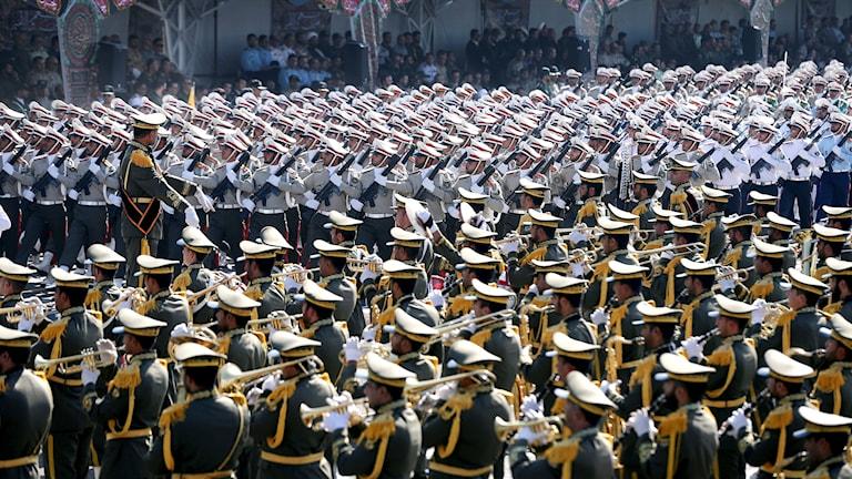 رژه نیروهای مسلح در ایران