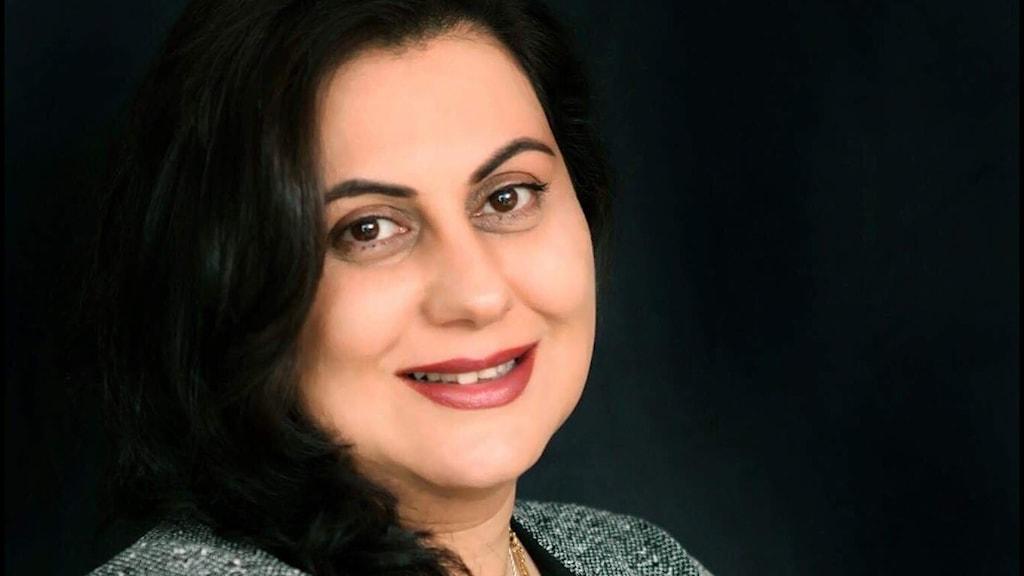فریبا چرخی مسئول امور فرهنگی انجمن افغانها در سویدن