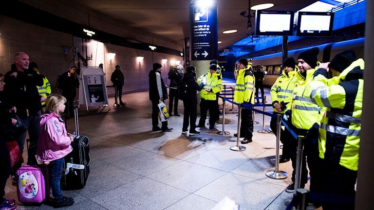 ID-kontroller vid tågstationen på Kastrup