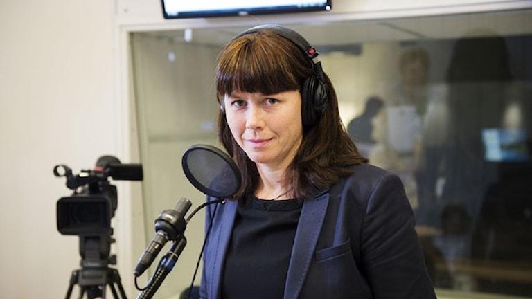 وزيرة البيئة أوسا رومسون تفضل الإنتظار