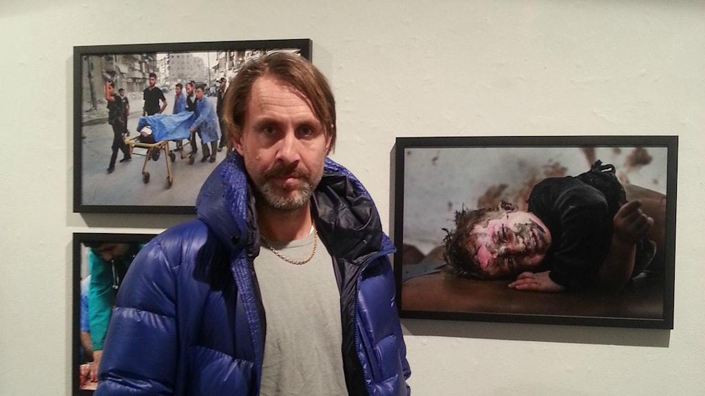 Fotografen Niclas Hammarström, Utställning Syrien. Foto:Talib Yass /Sveriges Radio