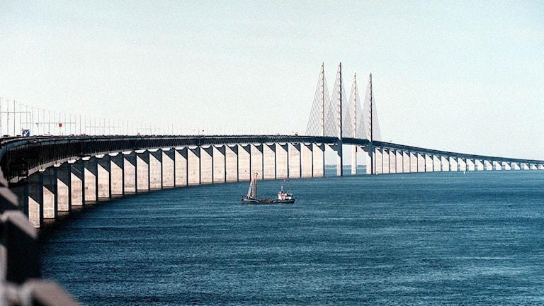 مضيق وجسر أوريسوند بين كوبنهاغن ومالمو
