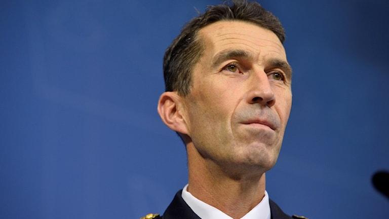 مايكل بيدين القائد الجديد لدفاع والقوات المسلحة