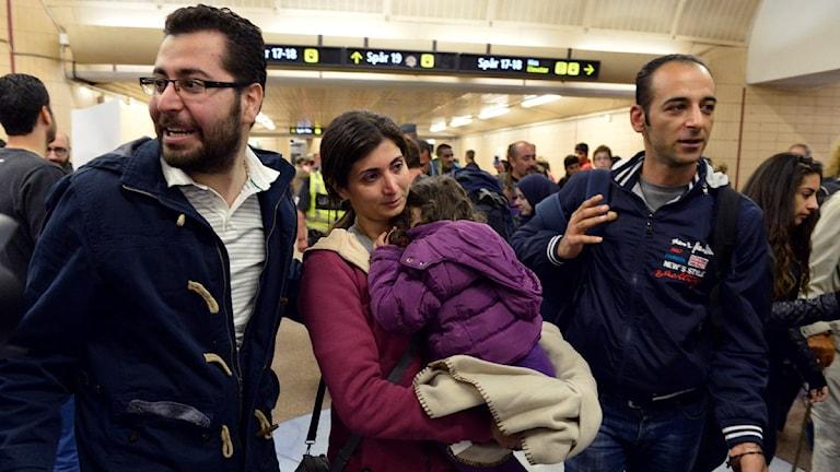 وصول اللاجئين الى المحطة الرئيسية في ستوكهولم