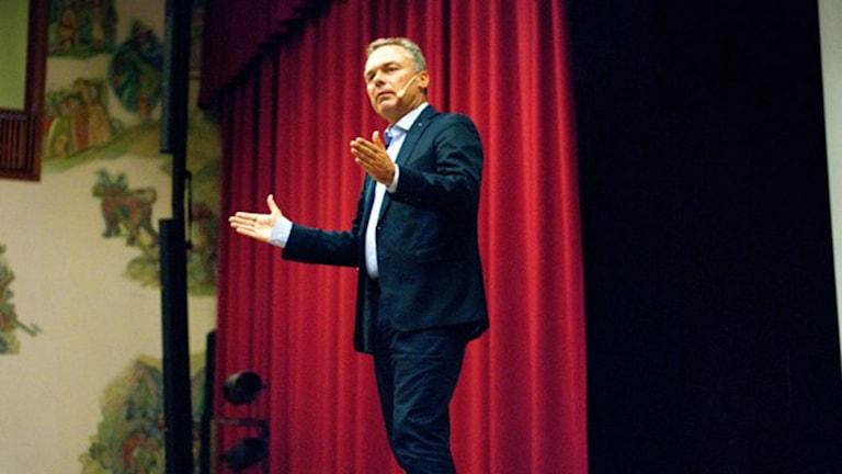 يان بيوركلوند رئيس حزب الشعب / صورة بيتر إيلفيمو SR