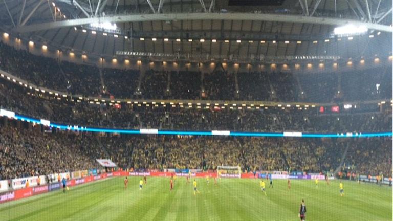 جانب من مباراة الذهاب في ستوكهولم / صورة عبد العزيز معلوم