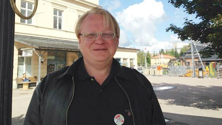 وزير الدفاع بيتر هولتكفيست / صورة الإذاعة السويدية
