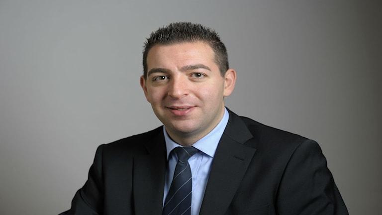 عضو البرلمان عن حزب الشعب روجيه حداد / صورة هنريك مونتغومري TT