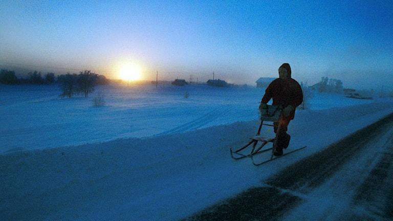 AP Photo/Kenneth Paulsson)تحذيرات الأرصاد الجوية من الرياح والتجمد