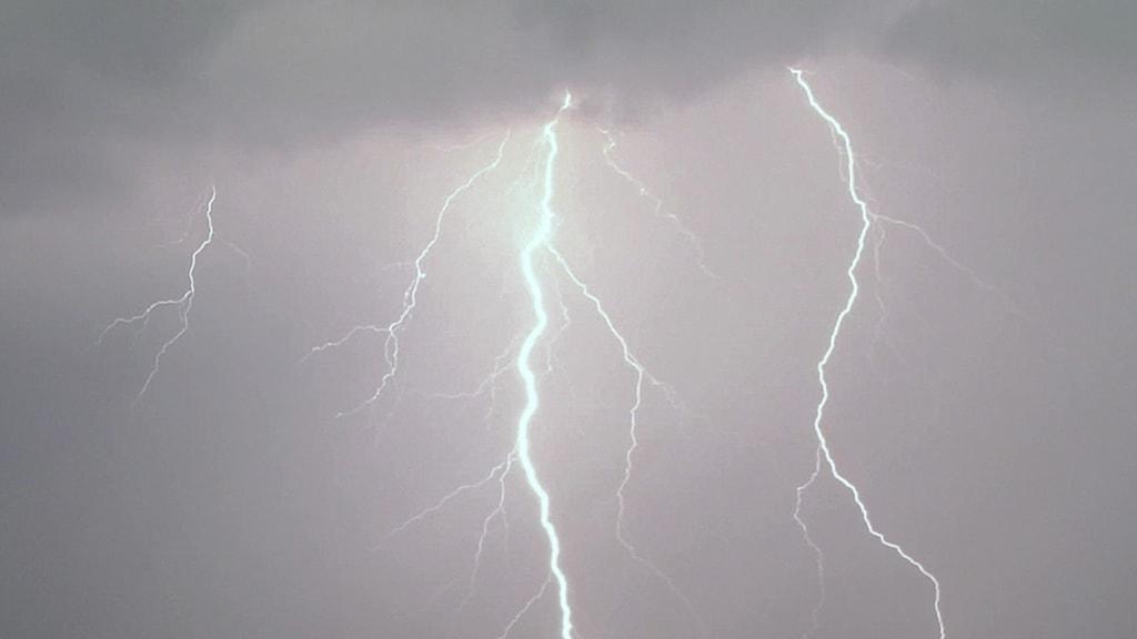 أمطار غزيرة متوقعة في عدة مناطق سويدية