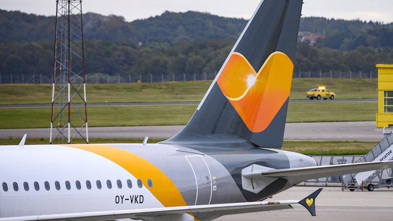 Det brittiska reseföretaget Thomas Cook har gått i konkurs. Det påverkar också det svenska reseföretaget Ving. De har ställt in alla sina flyg idag.