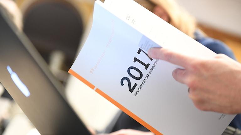 Vårbudgeten presenteras under en pressträff i Rosenbad i Stockholm