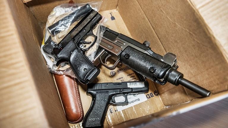 Illegala vapen beslagtagna av Tullverket