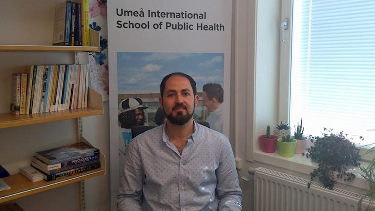 Mazen Baroudi, barnläkaredoktorerar på folkhälsa enheten vid Umeå universitetet
