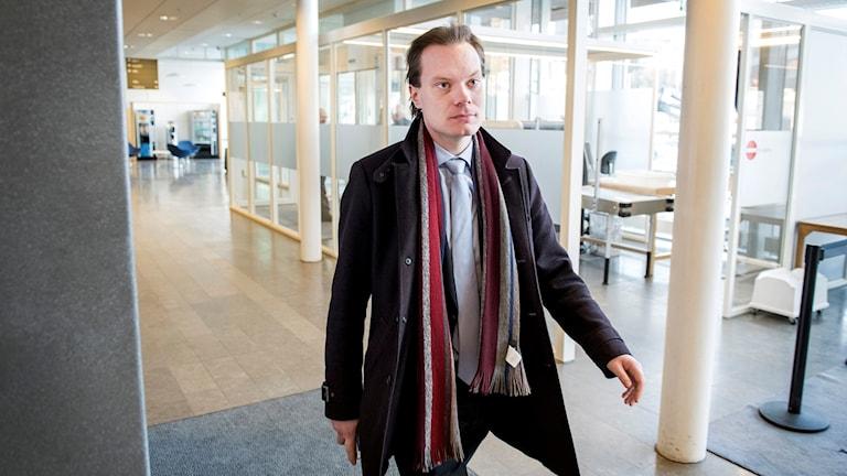 برلماني ديمقراطيي السويد مارتين كينونن.