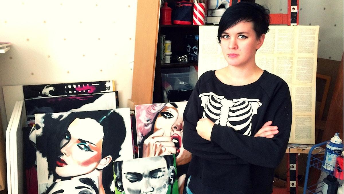Angelica Palovaara on pop-taiteilija. Kuva: Tytti Jussila / SR Sisuradio