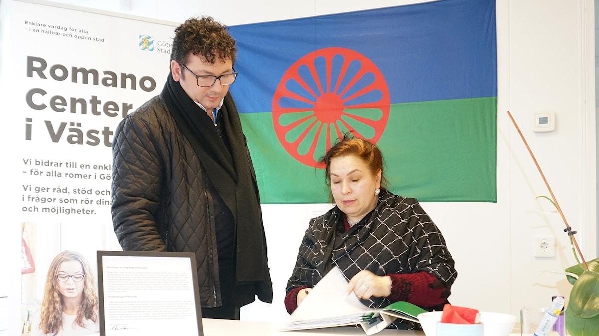 Romano center Vestin johtaja Domino Kai ja vähemmistöasiantuntija Diana Nyman kertovat yhteistyöstään.