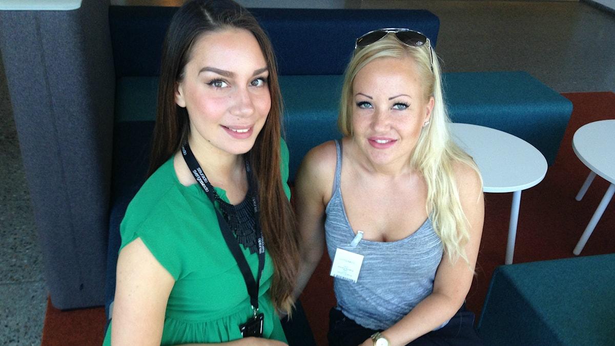 Jasmin Lindberg ja Karolina Nordling kohtauspaikalla