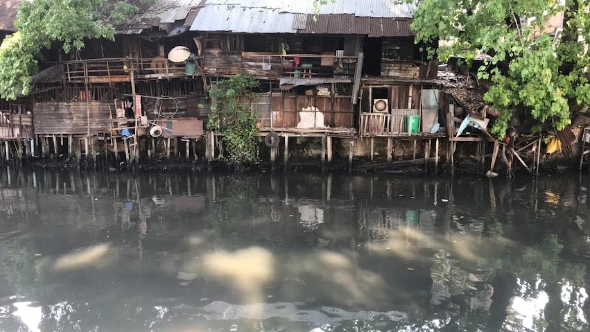 Thaimaassa asutus eroaa Euroopan oloista. Bangkok, lähellä Chinatown-kaupunginosaa.