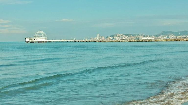 Adrianmeren allot odottavat kylpijöitä.