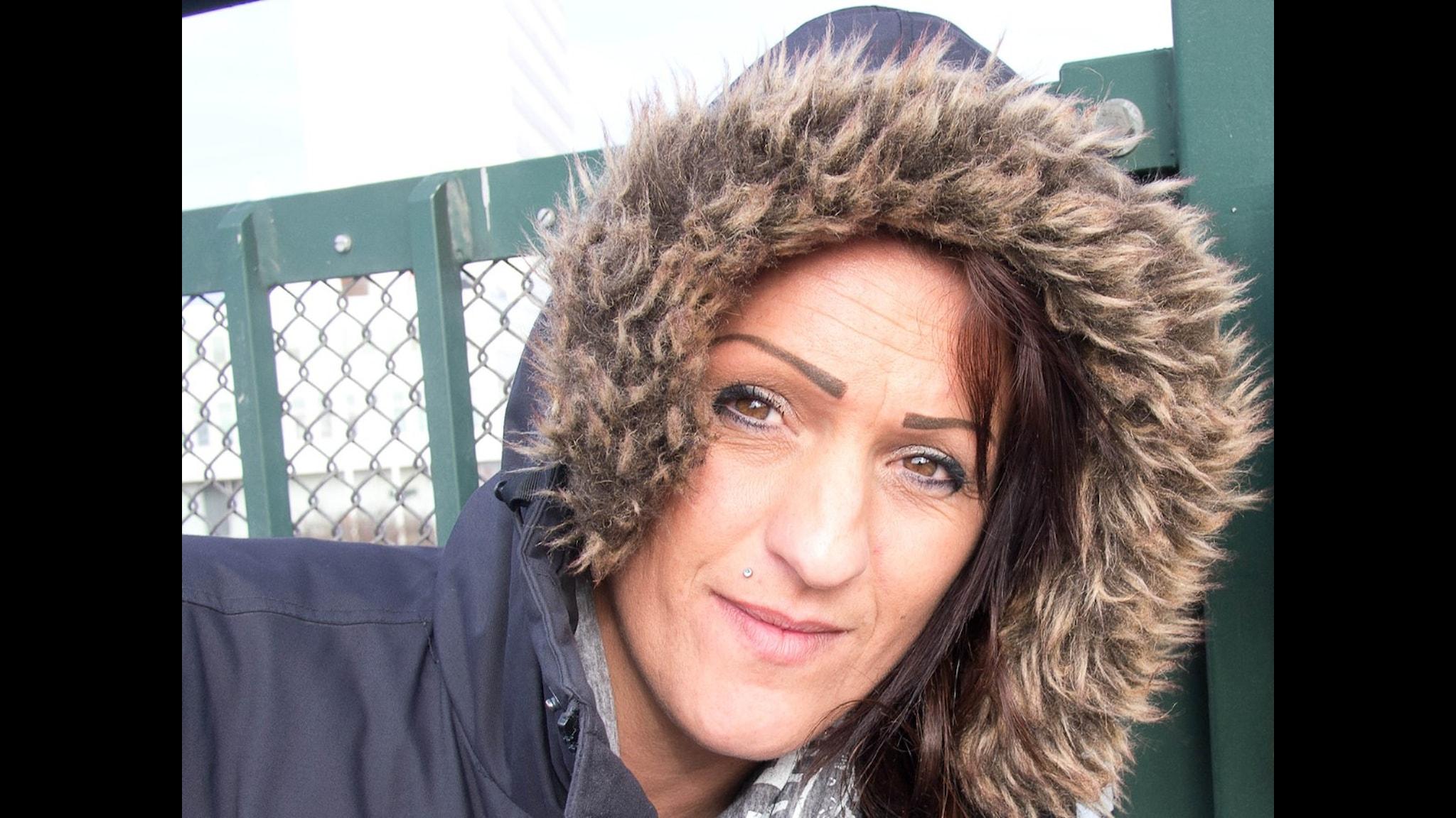 Melita Rexhepi, Dangoules bästa vän vid mortorvägsbron där hon tog sitt liv. Foto: Emma Janke