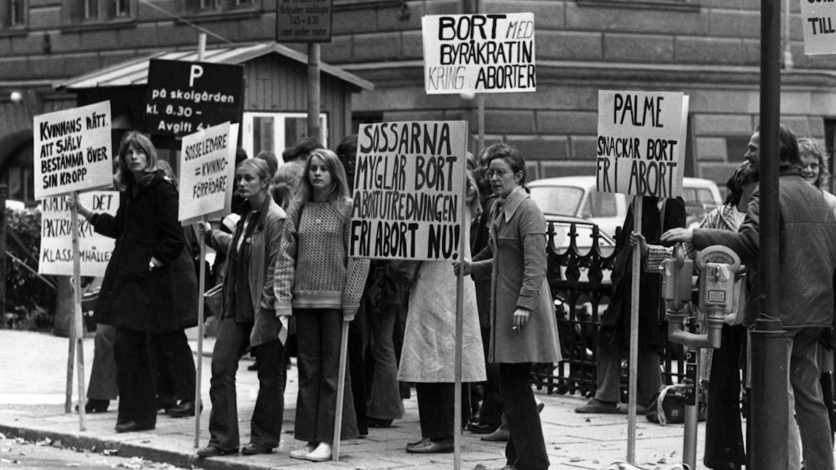 Grupp 8 demonstrerar för fri abort. Foto: Birgitta Lagerström/Scanpix