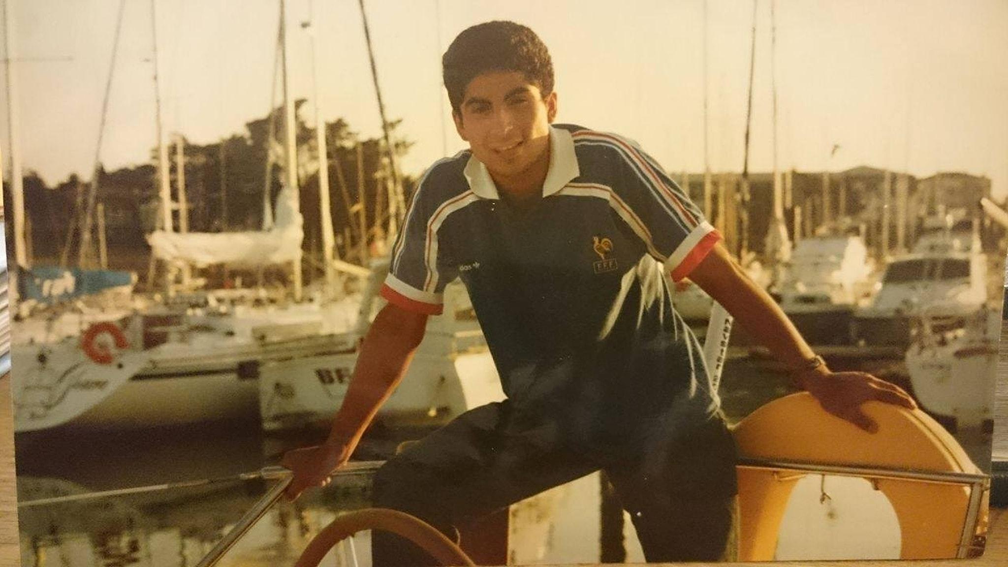 Augusto på båten. Foto: Augusto Comte Gomez/privat