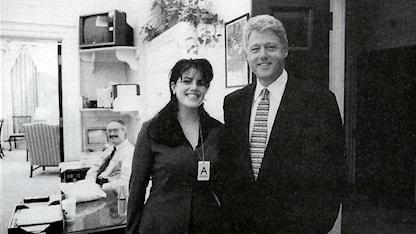 Bild på Monica Lewinsky och Bill Clinton från utredningen