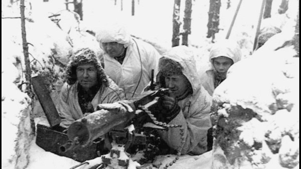 Finska soldater under finska vinterkriget som pågick mellan 1939 11 30 - 1940 03 13.