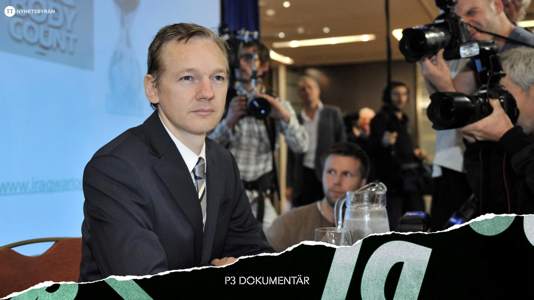 Julian Assange på en presskonferens.