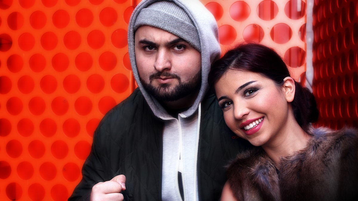 Hamza Ftouni & Mona Hadad leder Eftermiddagsshowen. Foto: Stephanie Londéz/SR
