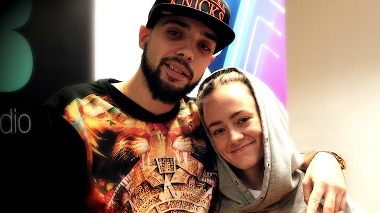 Rapparen The C.I.T.Y och Ayla Shatz, sångerska och musikproducent.Foto: Suzan Alev Arslan/SR
