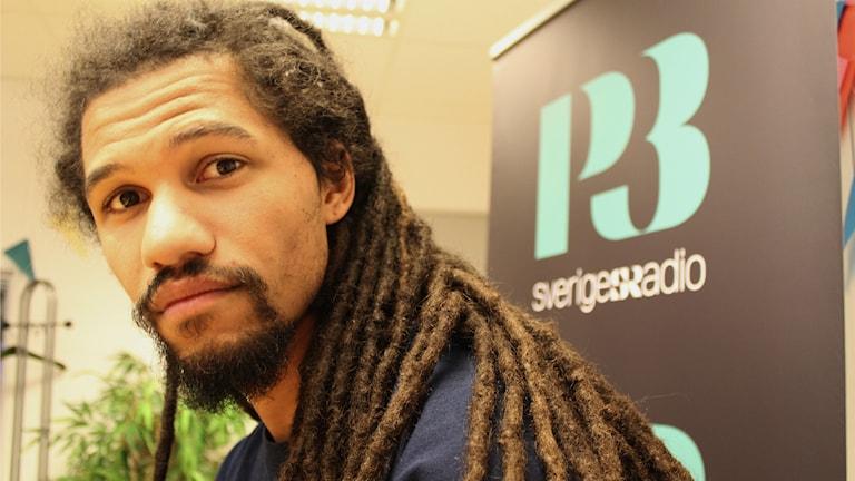 Bild på musikern Soleil Camara. Foto: Juan Havana/SR