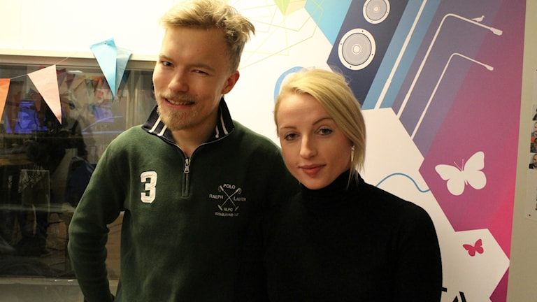 Petter Lundberg och Andrea Lukic är veckans Fredagspanel. Foto: Emma Leyman/SR
