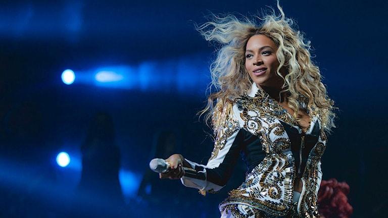 Bild på Beyonce på scen.