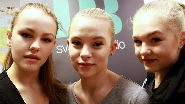 Bild på Emma, Roberta och Beata från dansgruppen Powerpuff Crew