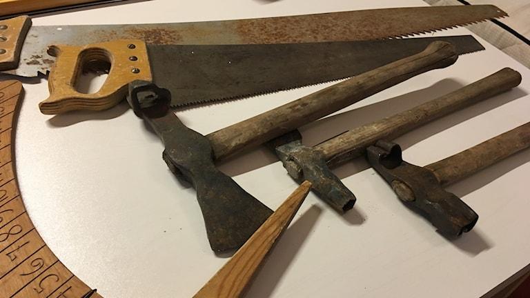 Vanhoita työkaluja